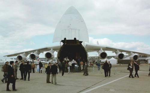 Antonov An-225 Photo: Christian Kamhaug